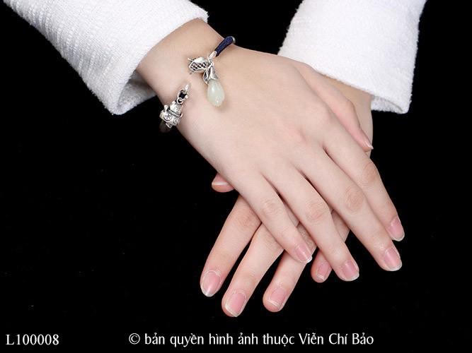 lac-tay-nu-bac-thai-mix-charm-meo-than-tai