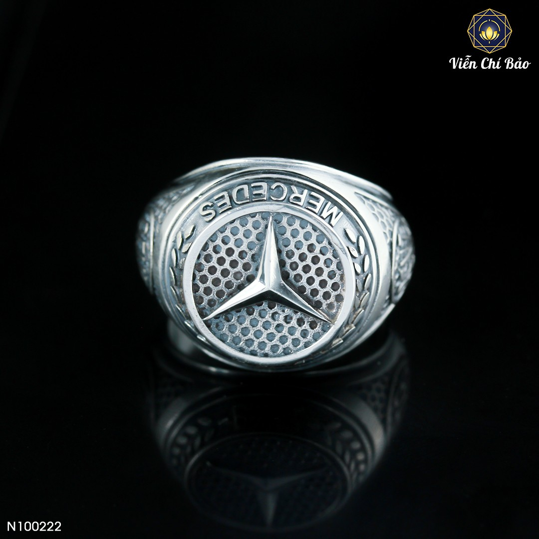 nhan-bac-thai-nam-Mercedes-Benz