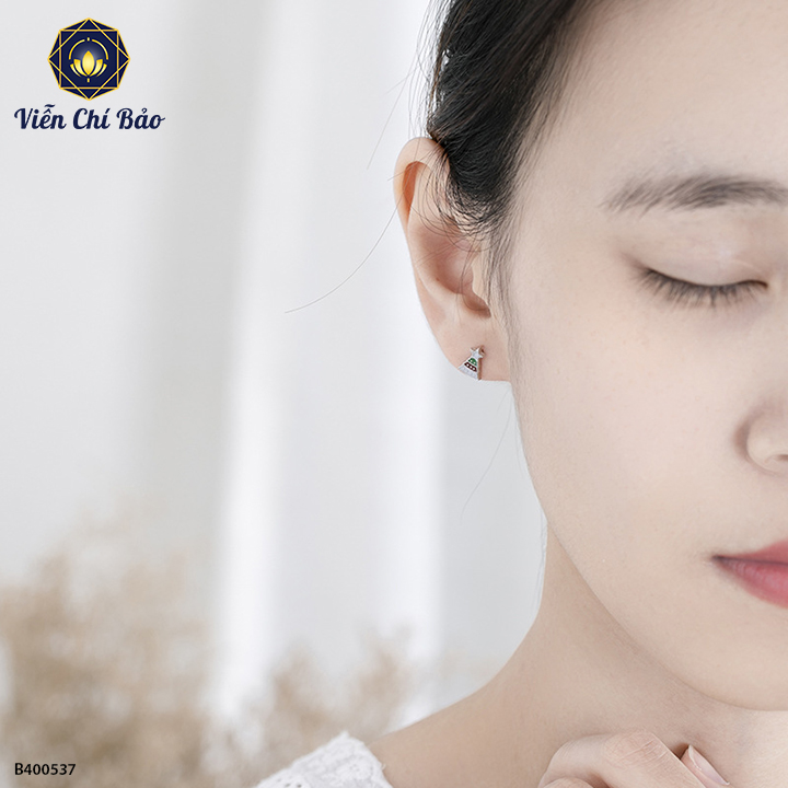 bong-tai-bac-nu-cay-thong-noel